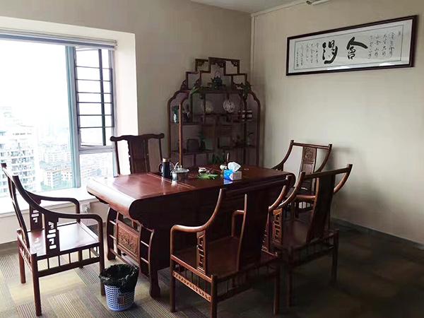 广州天河北投资公司办公室国画装饰