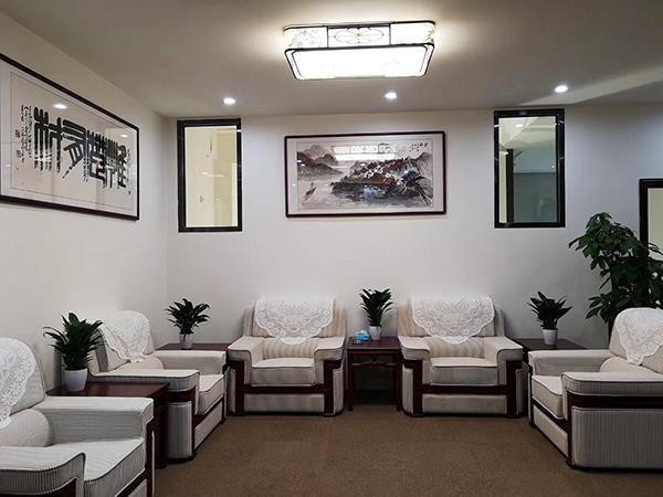 广州客户会议室国画书法挂画布局