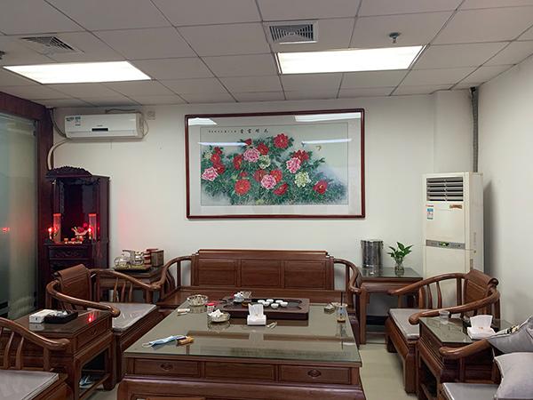 广州市天河区东圃东溪大厦陈总办公室